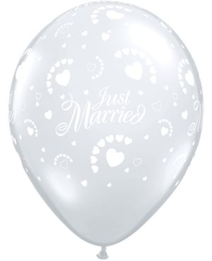 Just Married Hearts-A-Round Diamond Clear
